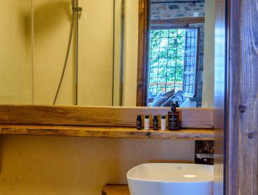Executive cozy corner bathroom